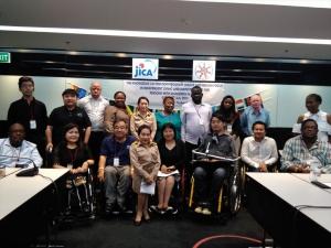 タイ社会開発・人間安全省 障害者エンパワメント局の方との集合写真