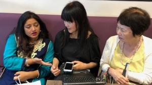 ラマさん、DPI女性障害者ネットワーク代表の藤原久美子・副代表の佐々木貞子