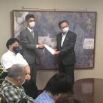 津久井やまゆり園の検証作業を求め、神奈川県の黒岩知事に要望書をお渡ししました