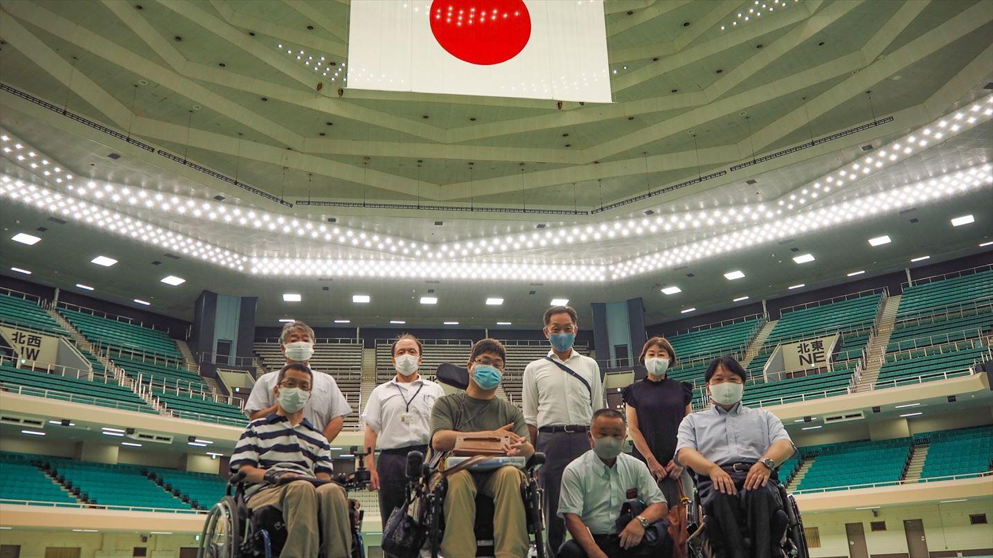 日本武道館のみなさんと記念撮影。