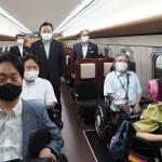 北陸新幹線新型「E7系」車両試乗会レポート<br />車いす席5席の新型車両、7月16日(金)から導入開始!すばらしく快適です!