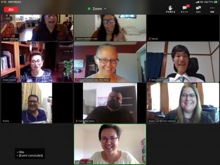 10名の参加者が写っているzoomの画面